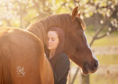 High School Senior Girl Picture with Horse in Chattanooga Tennessee from the image portfolio of Ride the Sky Equine Photography