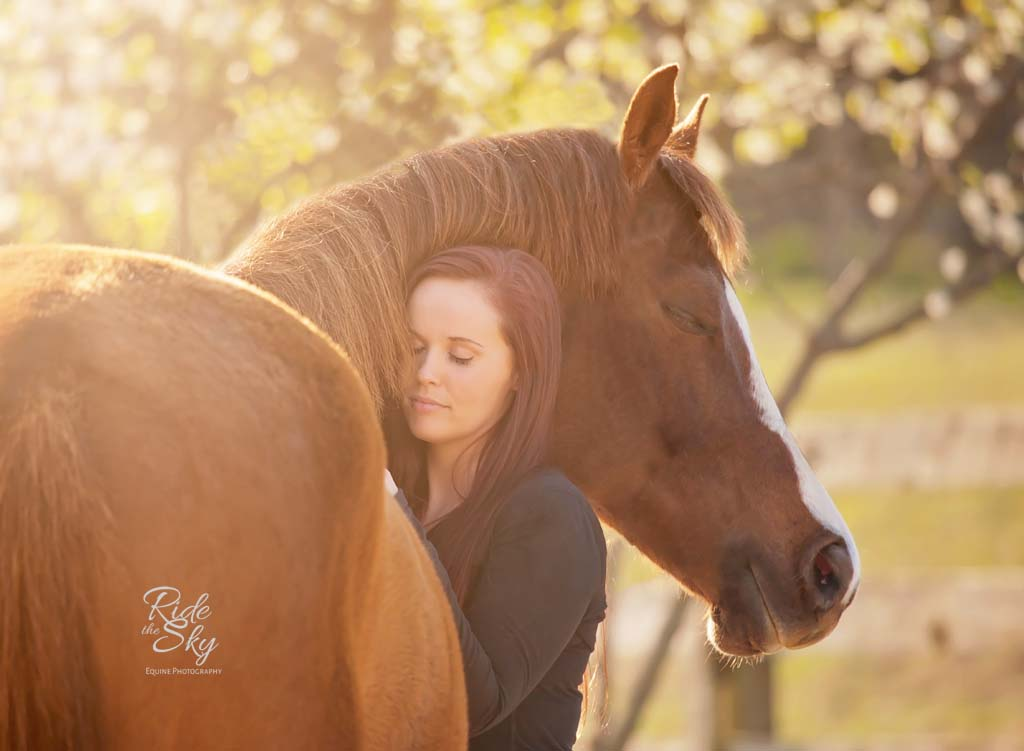 High-School-Senior-Pictures-Horse-Photography-Chattanooga-Tennessee-RidetheSkyEquine
